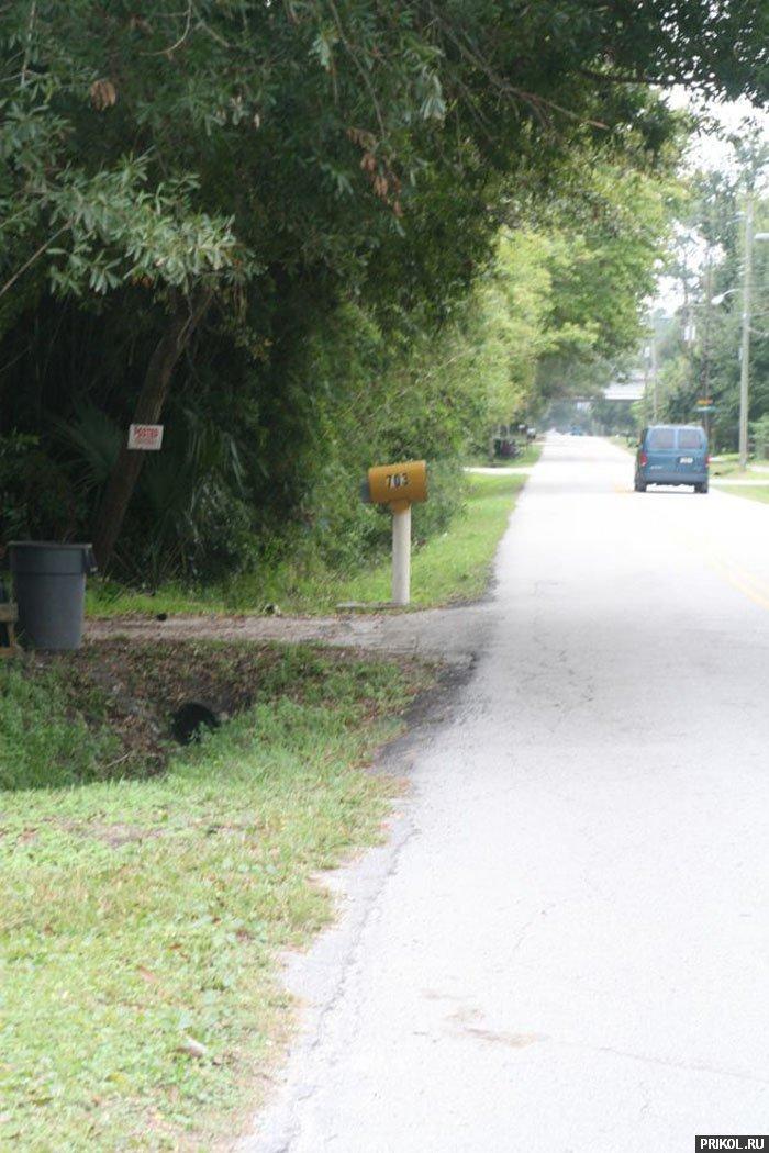 grand-cherokee-vs-mailbox-02