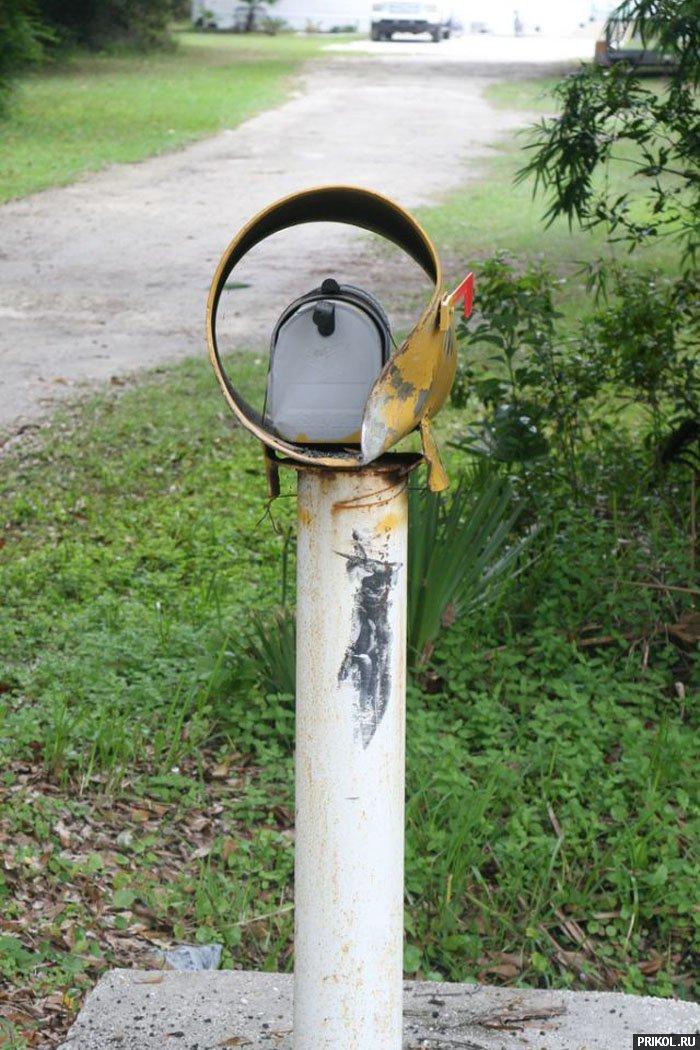 grand-cherokee-vs-mailbox-06