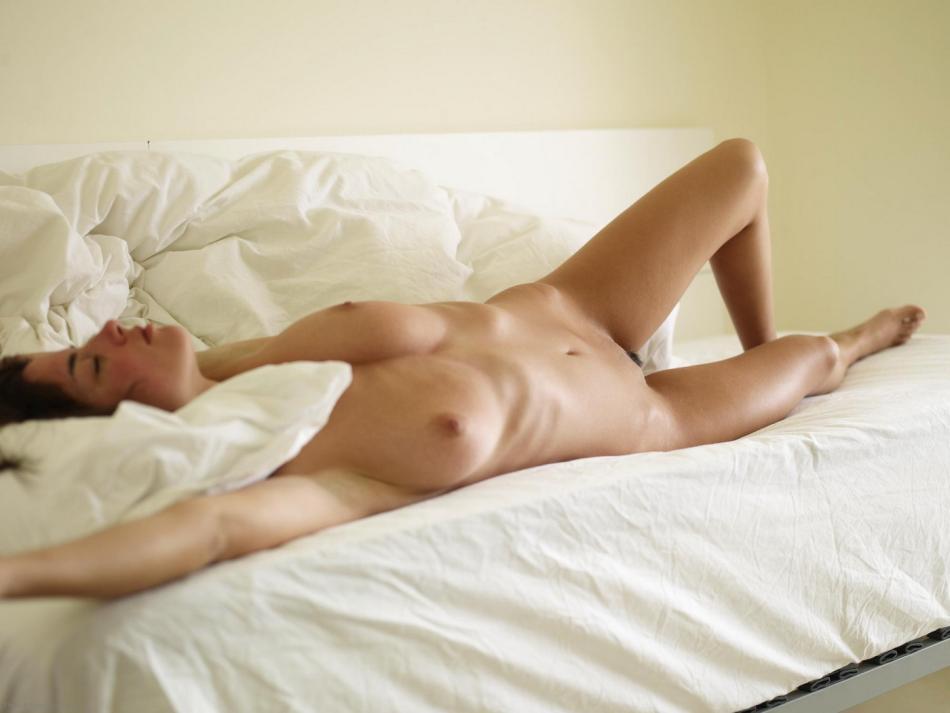 nude-morning-13