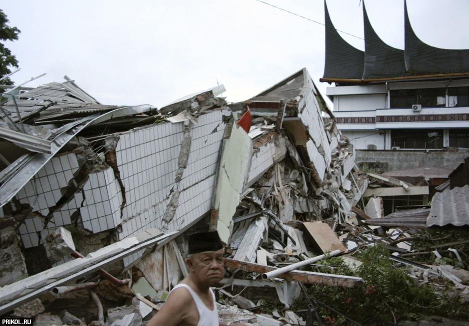 tsunami-on-samoa-04