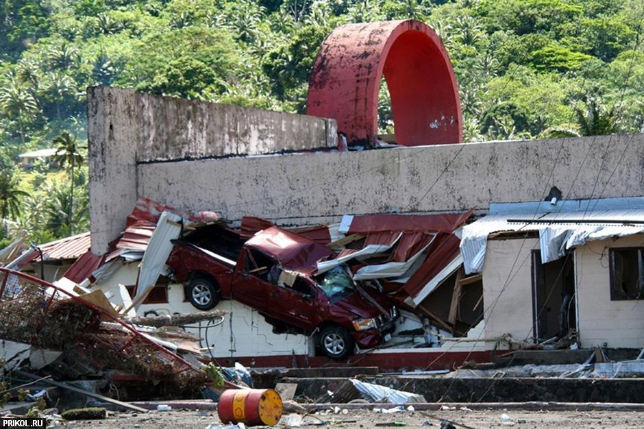 tsunami-on-samoa-06