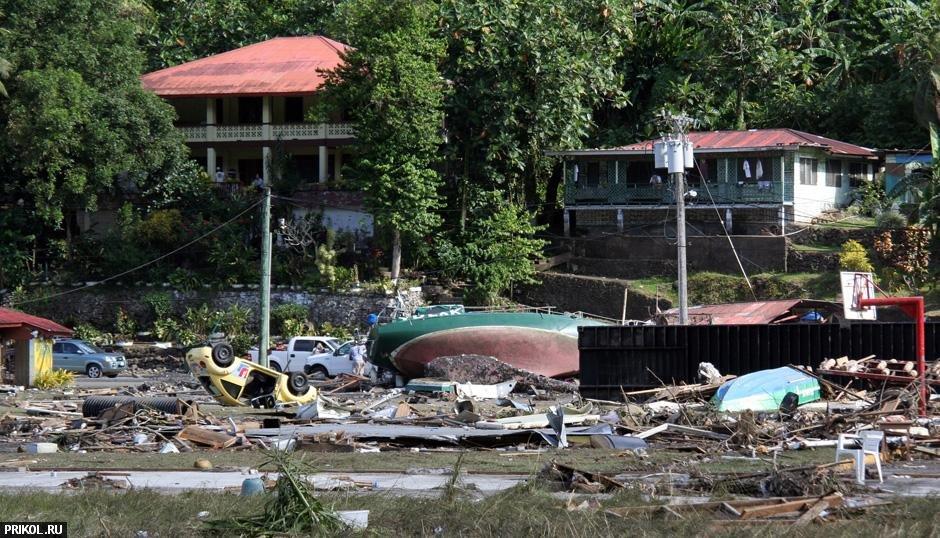tsunami-on-samoa-08