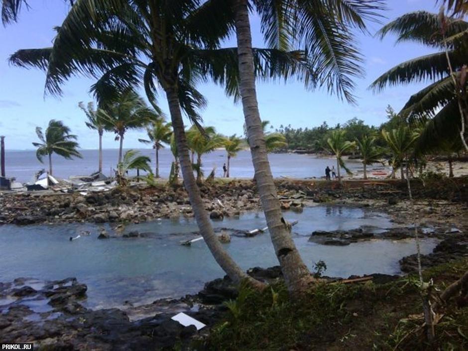 tsunami-on-samoa-09