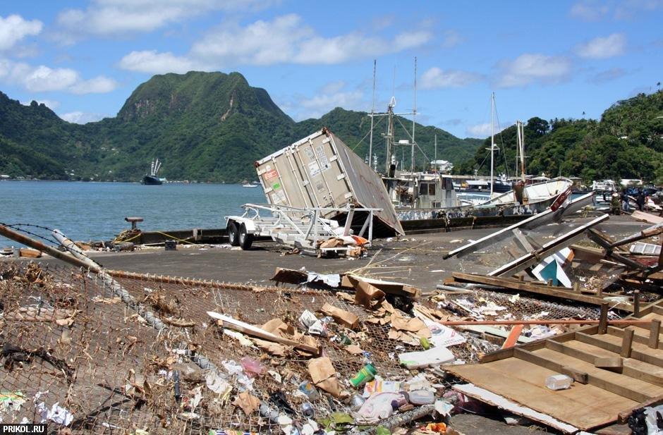 tsunami-on-samoa-13