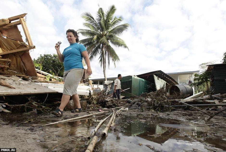 tsunami-on-samoa-18
