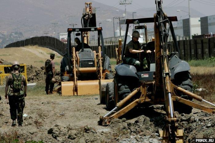 usa-mexico-border-05