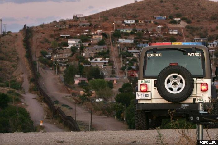 usa-mexico-border-09