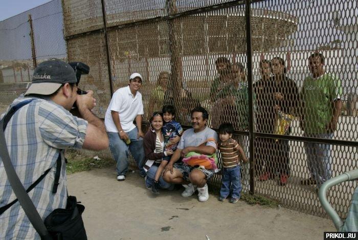 usa-mexico-border-13