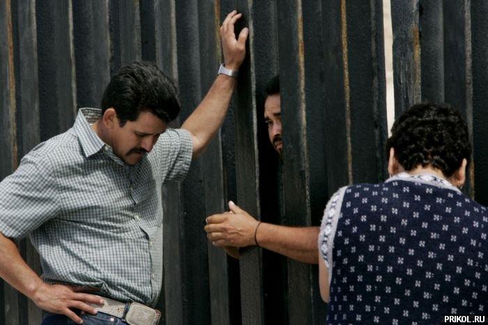 usa-mexico-border-14