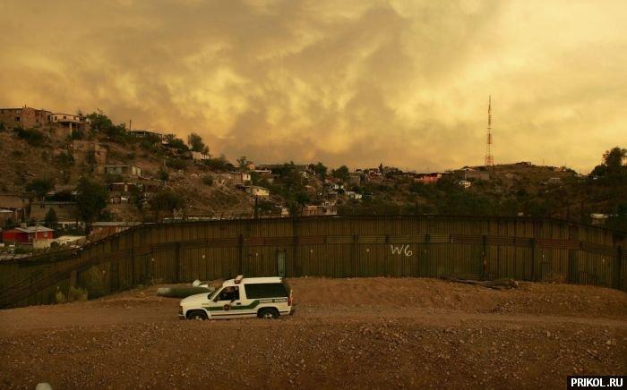 usa-mexico-border-32