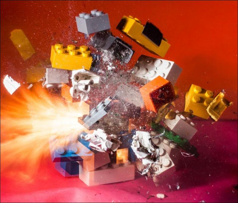 Высокоскоростная съемка разрушений объектов