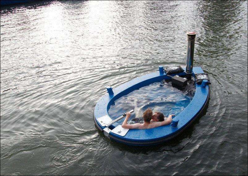 Плавающая горячая ванна