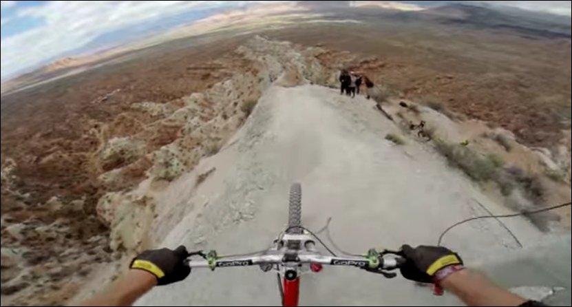 Захватывающий спуск с горы
