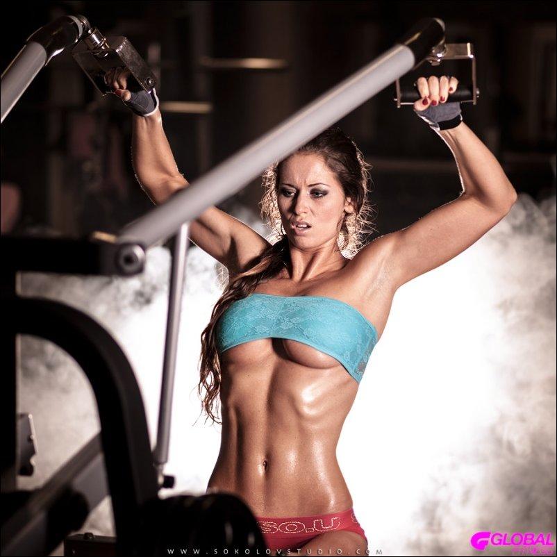 Фитнес-девушки