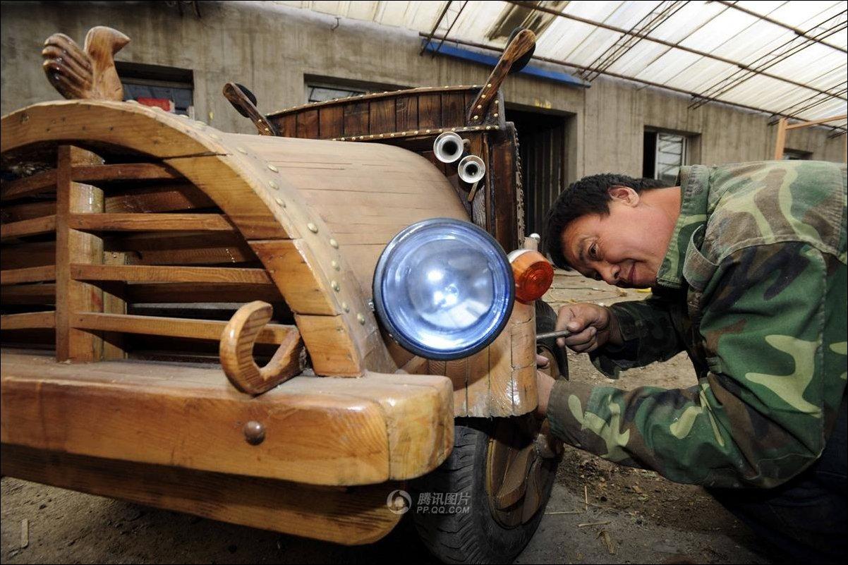 Деревянный электромобиль