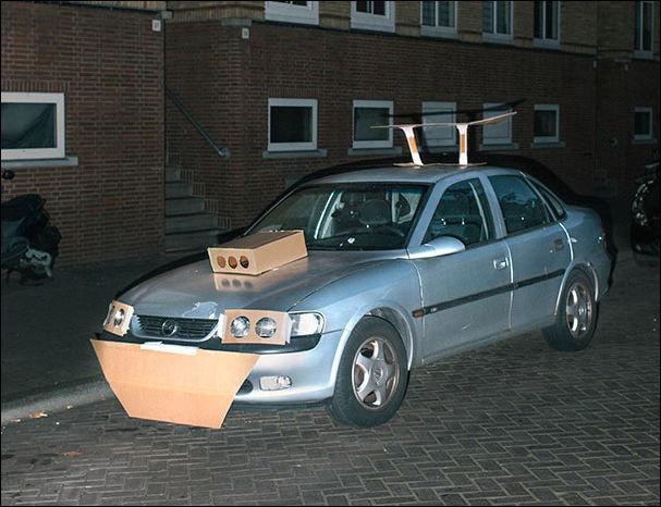 Картонный тюнинг автомобилей