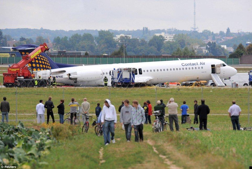 crash-landing-02