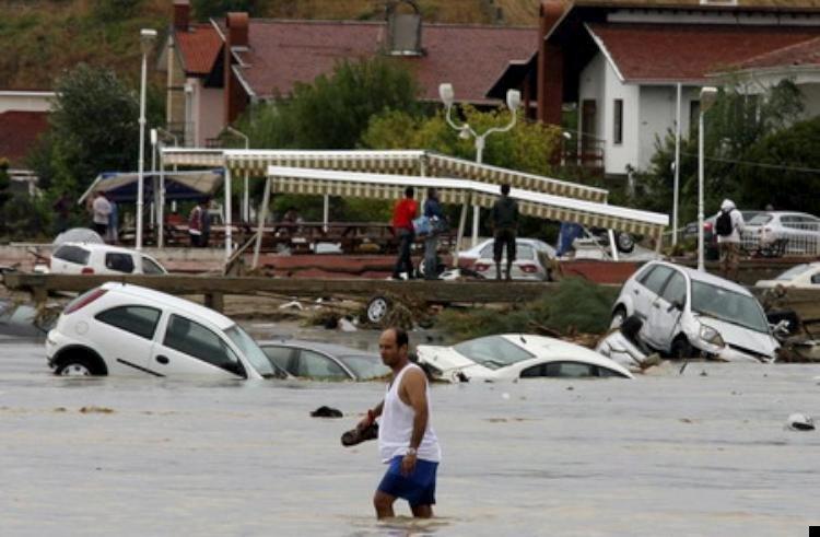 istanbul-flood-02