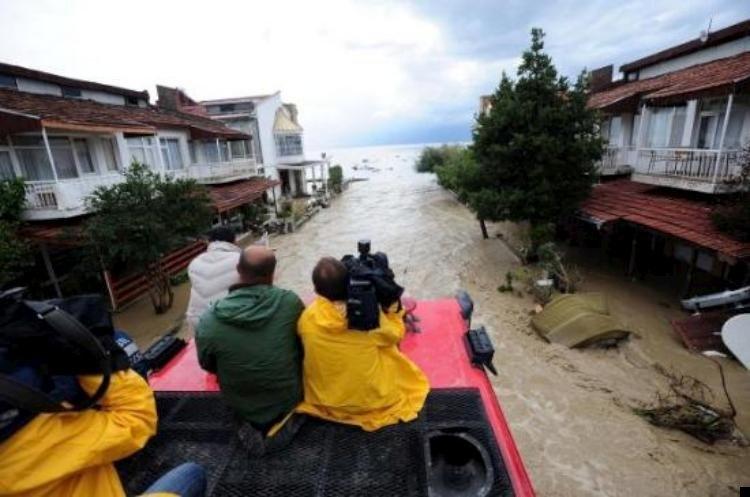 istanbul-flood-07