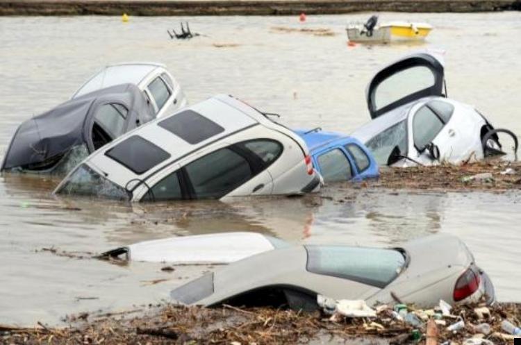 istanbul-flood-11