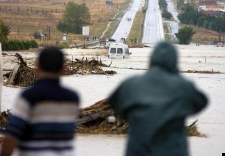 istanbul-flood-13