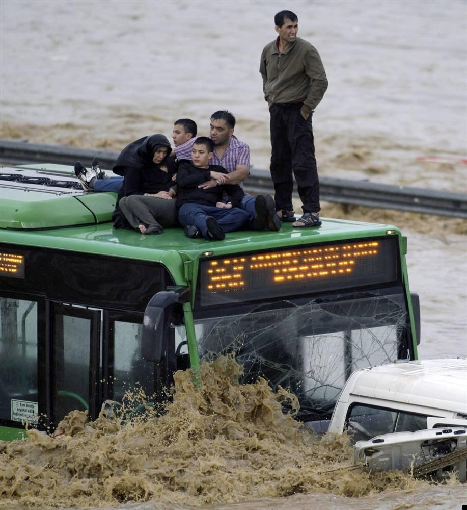 istanbul-flood-19