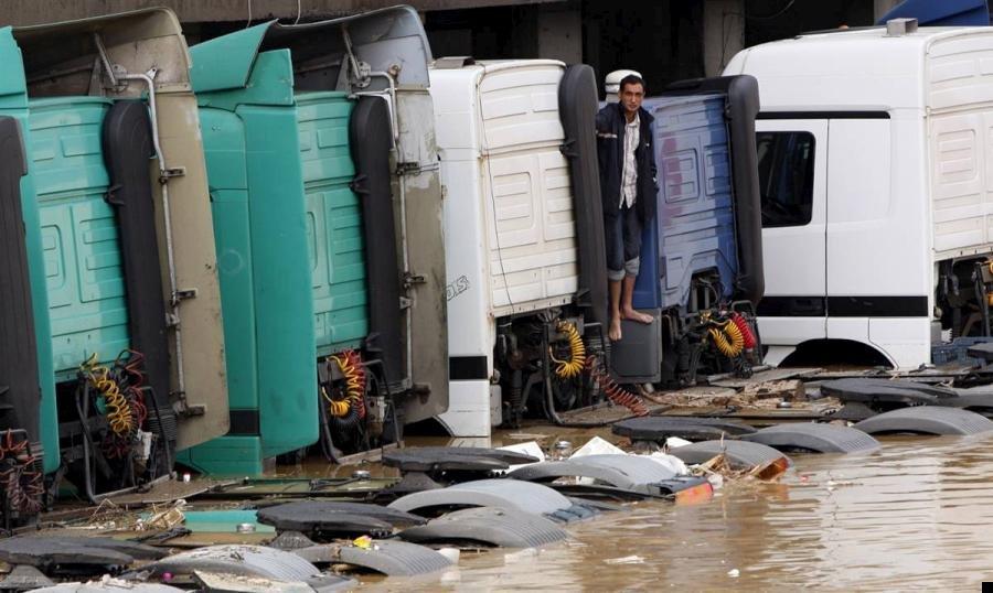 istanbul-flood-24