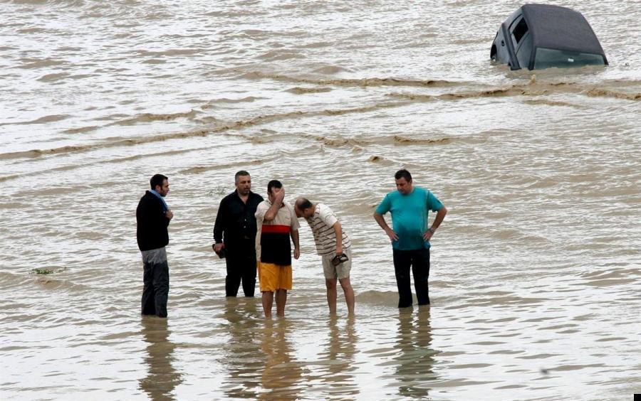 istanbul-flood-28