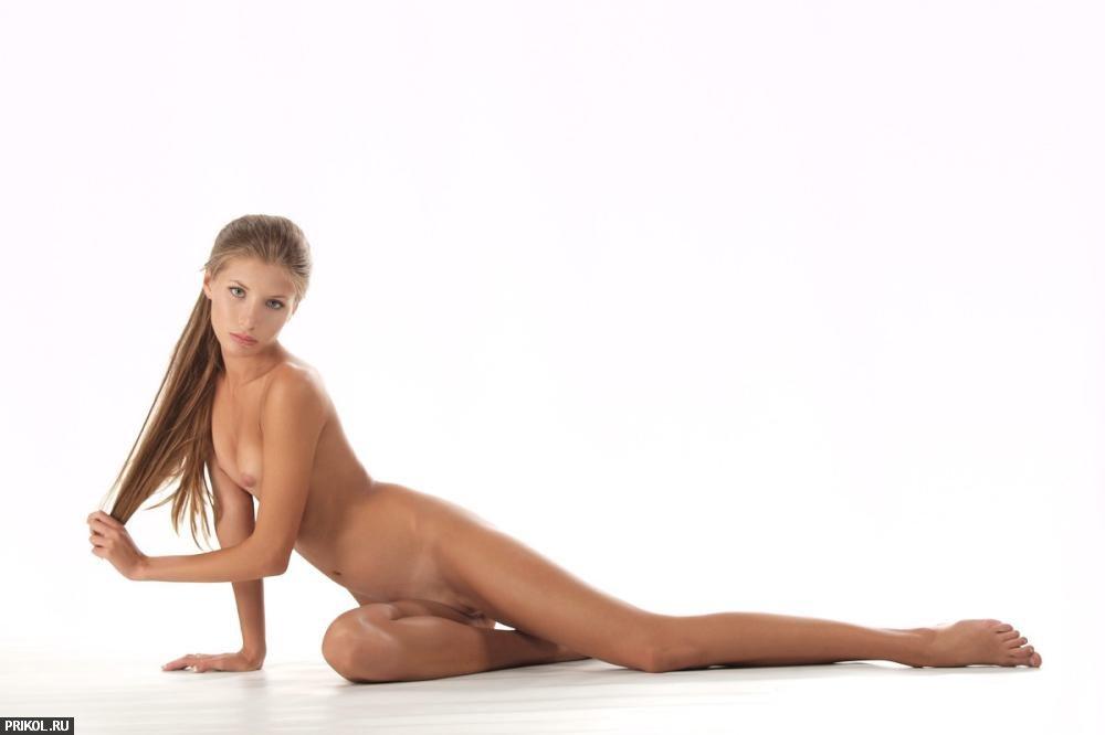 nude-girl-sofia-14