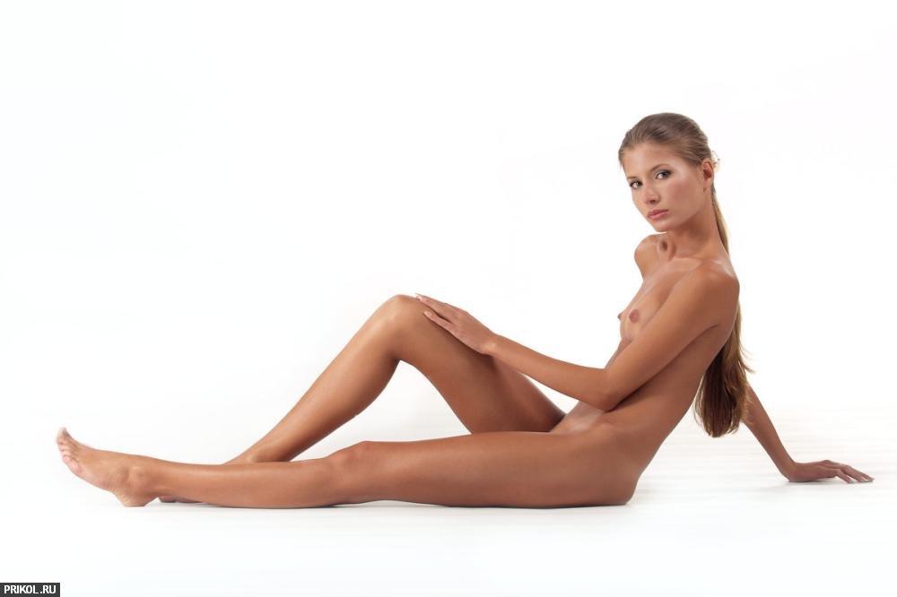 nude-girl-sofia-16