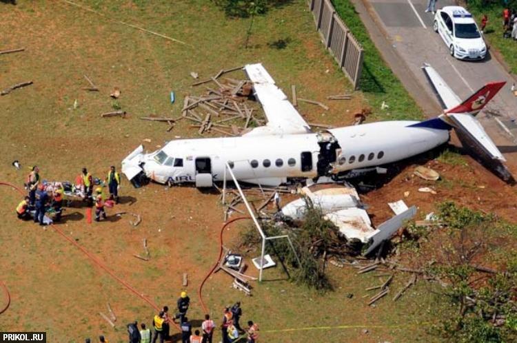 plane-crash-durban-03