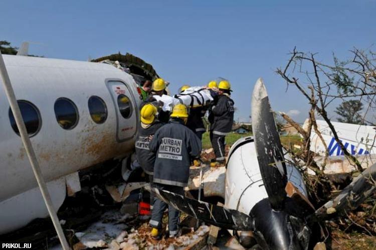 plane-crash-durban-04