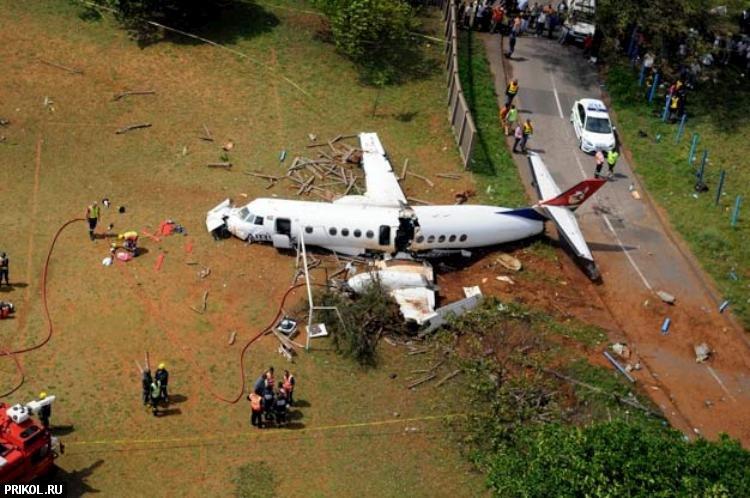 plane-crash-durban-06