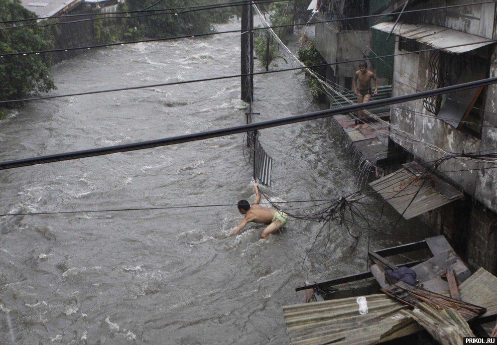 typhoon-ketsana-04