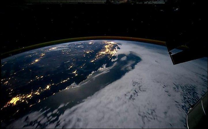 Полет над Землей