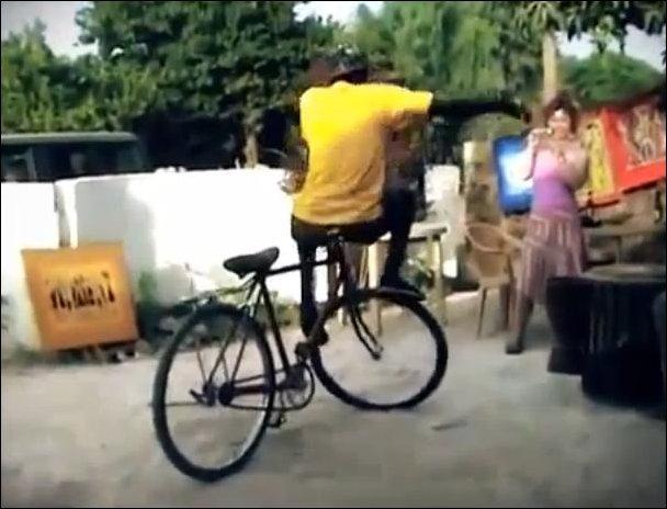 Танец на велосипеде