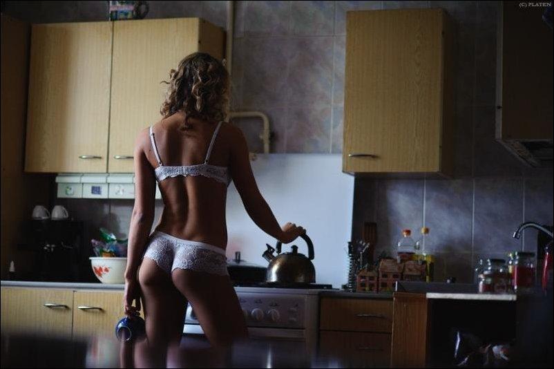 Секс на кухне с утра 243