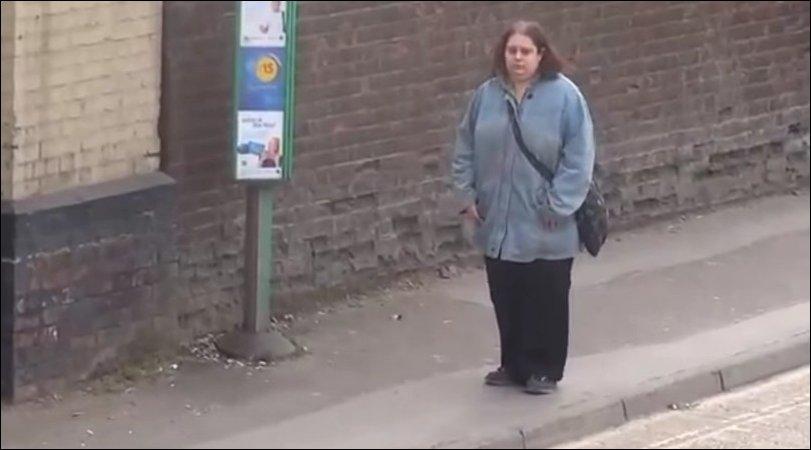 Королева автобусной остановки
