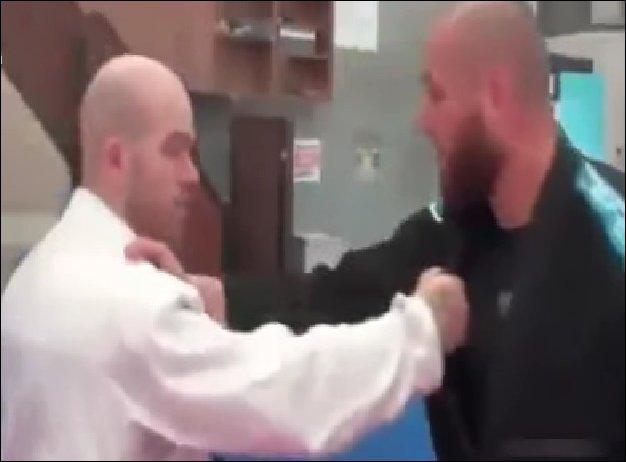 Тренер обиделся на ученика