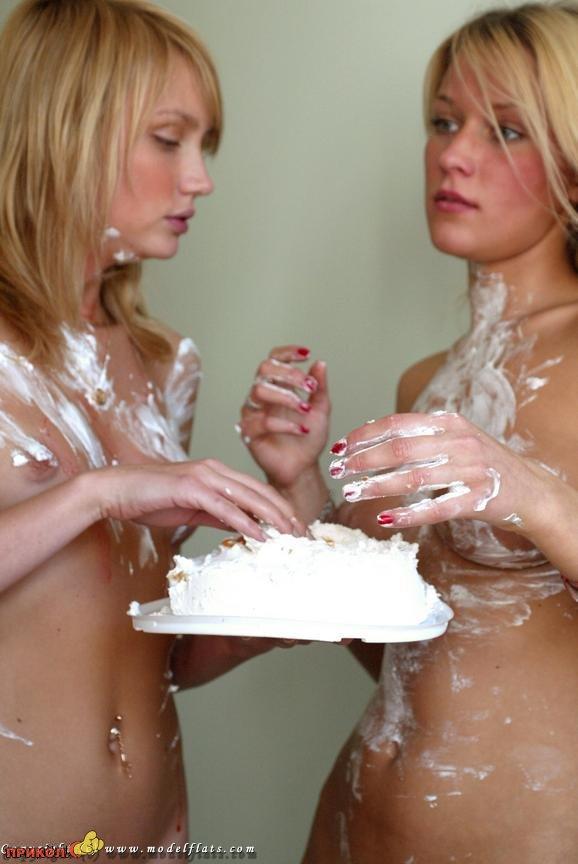 голые девченки