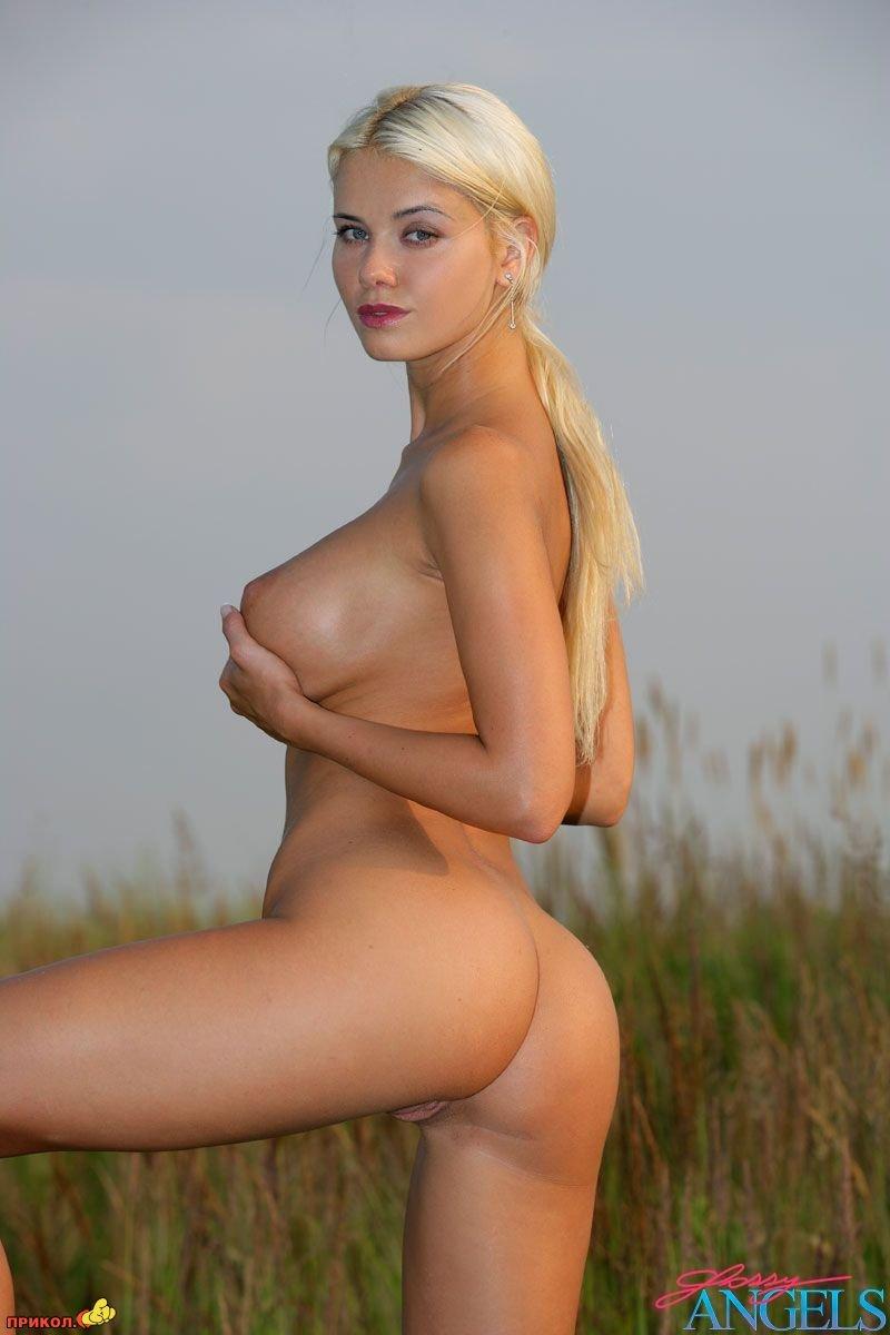Самые самые самые красивые девушки мира голые 27 фотография