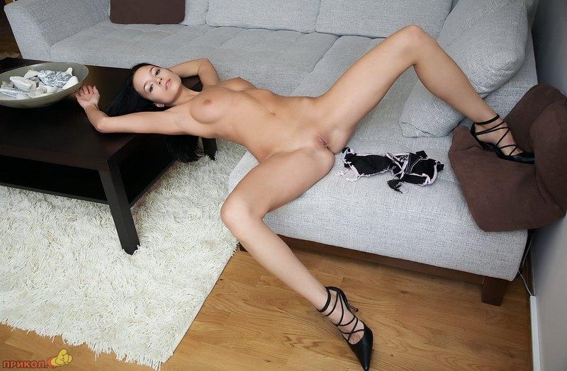 devushka_brunette_02.jpg