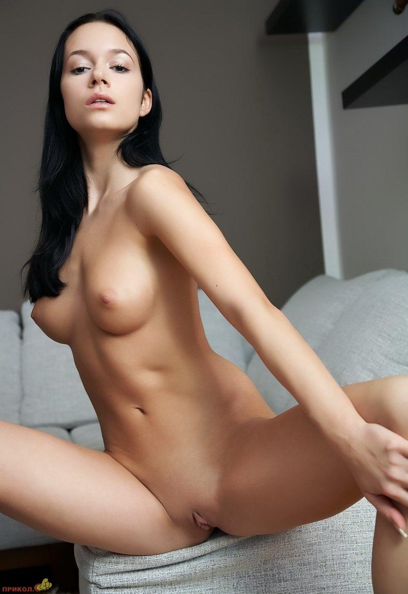 devushka_brunette_11.jpg
