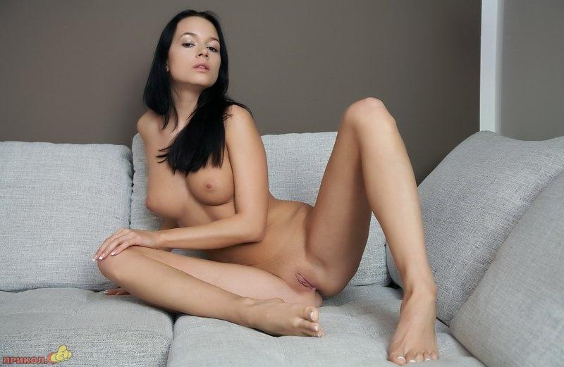 devushka_brunette_13.jpg