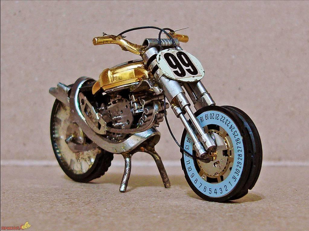 moto-watch-01.jpg