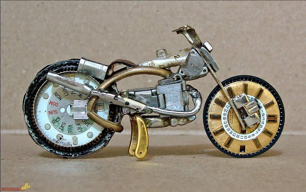 moto-watch-02.jpg