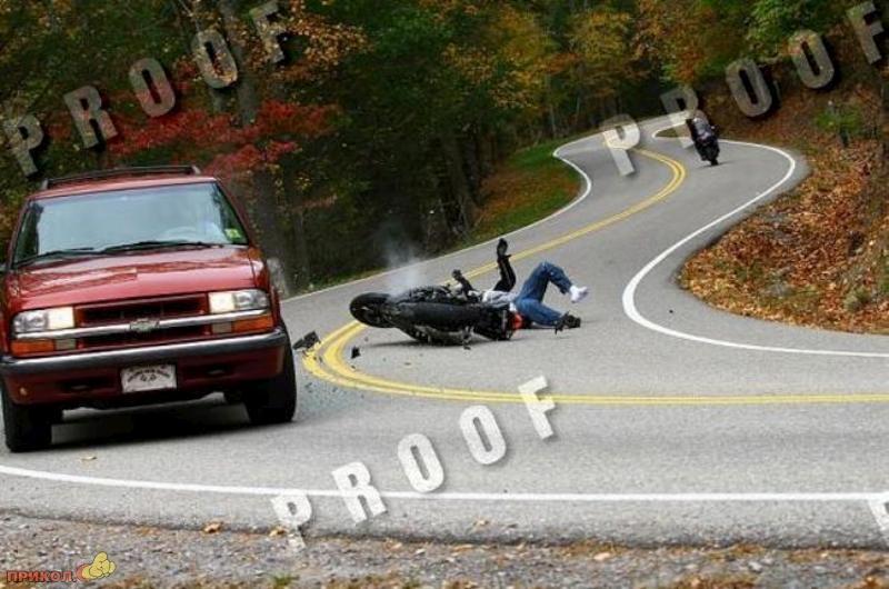 car-moto-crash-05