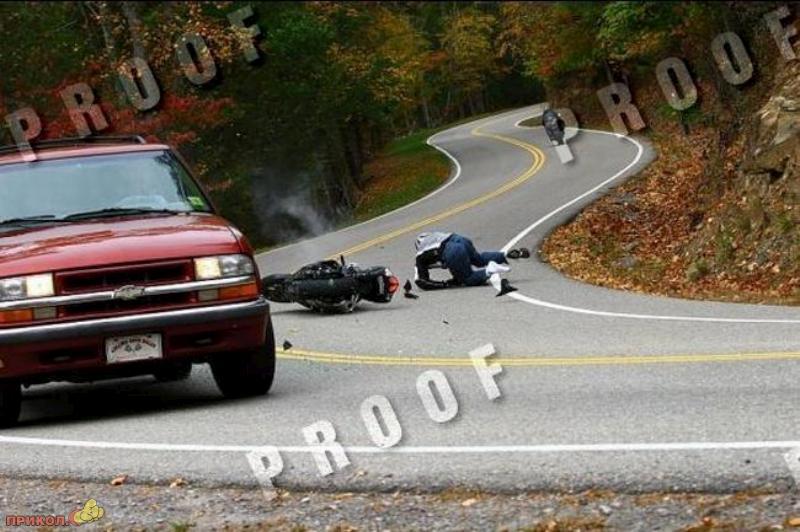 car-moto-crash-07
