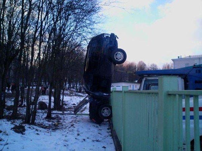 auto-crash-290309-05