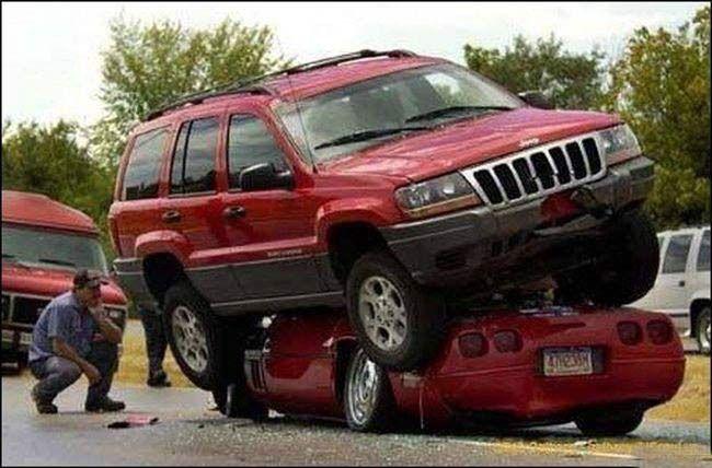 auto-crash-290309-13